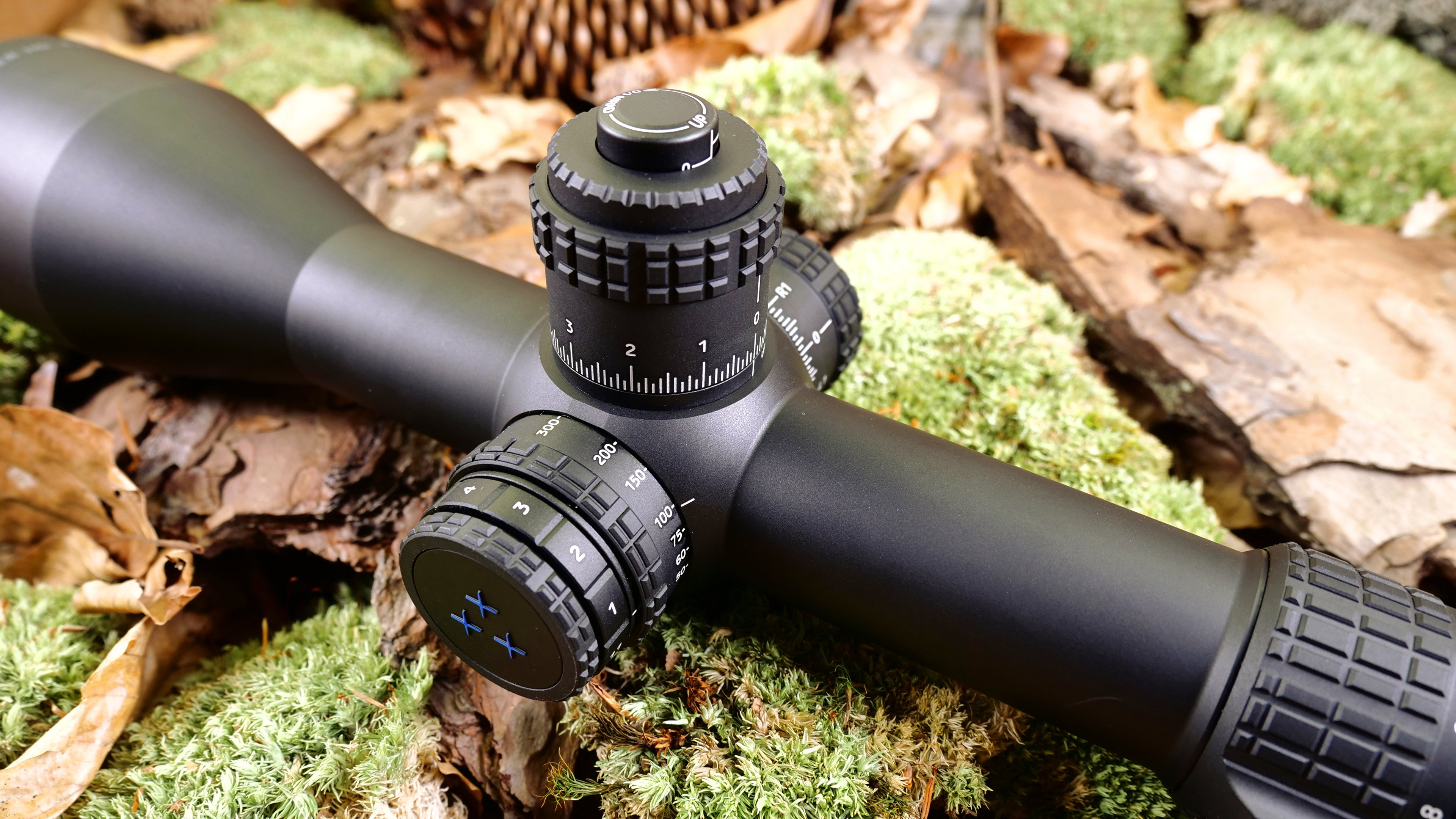 Tactical rifle scope- Delta Stryker scope with illuminated reticle