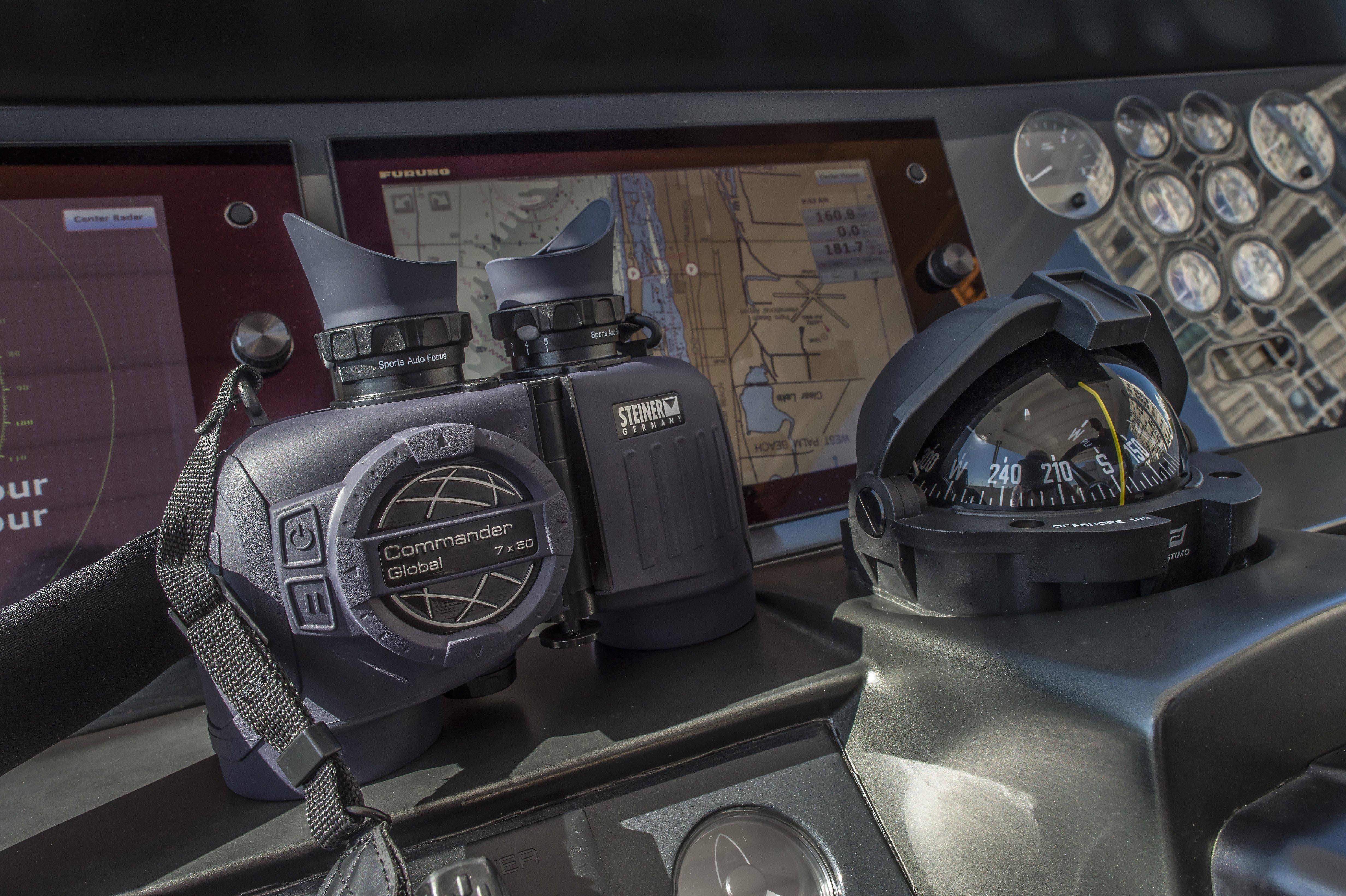 Steiner Commander Global 7x50 - Marine Binoculars